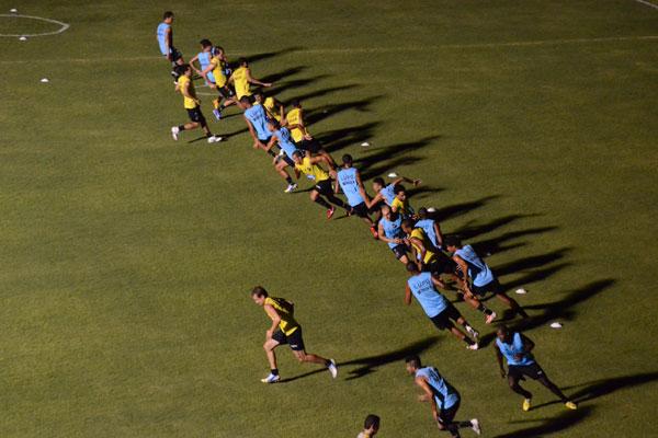 Início de temporada para os jogadores serve principalmente para recompor a condição física e para a realização de testes médicos