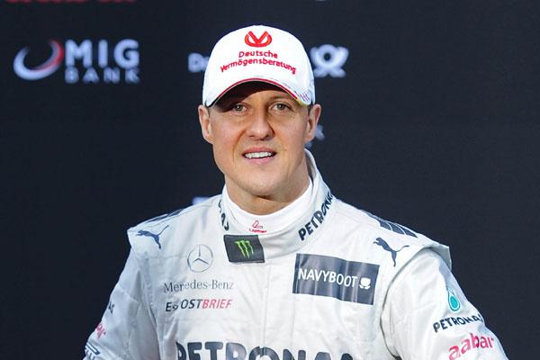 Schumacher continua internado na França