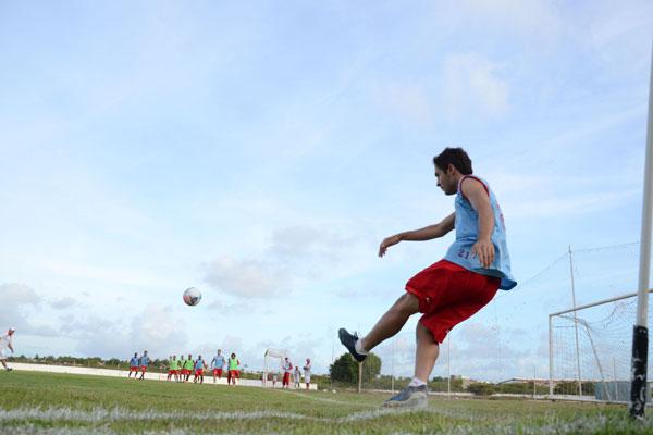 O meio-campo Régis teve seu contrato renovado pela direção americana e vai ser o camisa 10 do time que luta pelo título da Copa do Nordeste dessa temporada