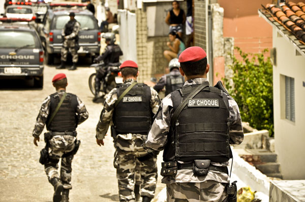 Comando da Polícia Militar afirmou que ação realizada ontem contou com 40 policiais militares, utilizando viaturas e helicóptero