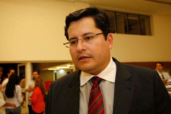 Daniel Alves Pessoa, advogado