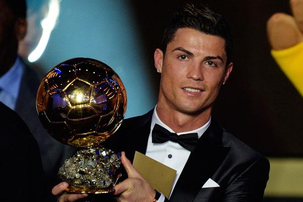 Cristiano Ronaldo conquistou a Bola de Ouro da FIFA três vezes