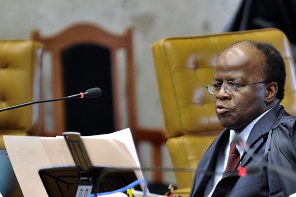 Joaquim Barbosa retoma as atividades no Supremo Tribunal Federal no dia 3 de fevereiro, com uma pauta de julgamentos