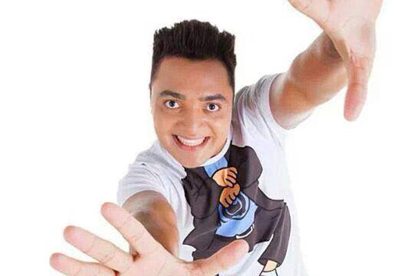 Humorista Tirulipa segue os passos do pai Tiririca e neste fim de semana apresenta o show Tá gostando?, no Teatro Riachuelo