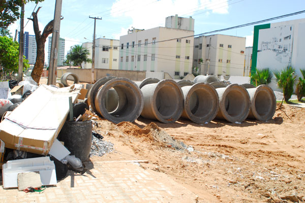 Obras de esgotamento de Capim Macio, que chegaram a ser alvo de ação judicial, foram aprovadas em julho/2007 e envolvem recursos da ordem de R$ 31,7 milhões