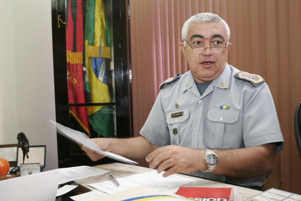 Francisco Araújo informa que PM fará a segurança nas ruas