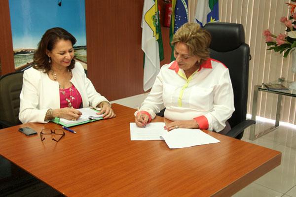 Rosalba autorizou reajuste em despacho com Betânia Ramalho
