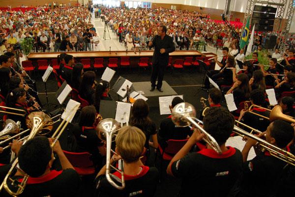 Filarmônica de Cruzeta é hoje um exemplo do investimento em música. Através do Pronatec, o município oferece um curso da UFRN