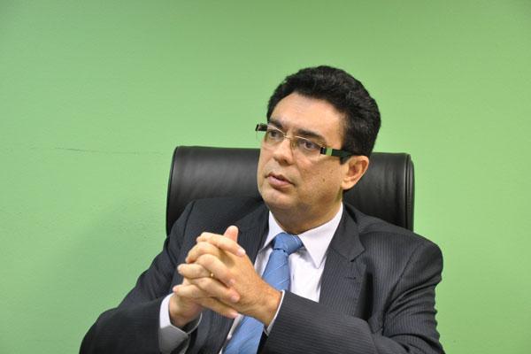 conselheiro Poti Júnior foi relator do pedido da Atricon e Ampcon, opinando pela legalidade do benefício