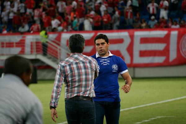 O técnico Leandro Sena afirmou que não vai priorizar a Copa do Nordeste e quer o título estadual