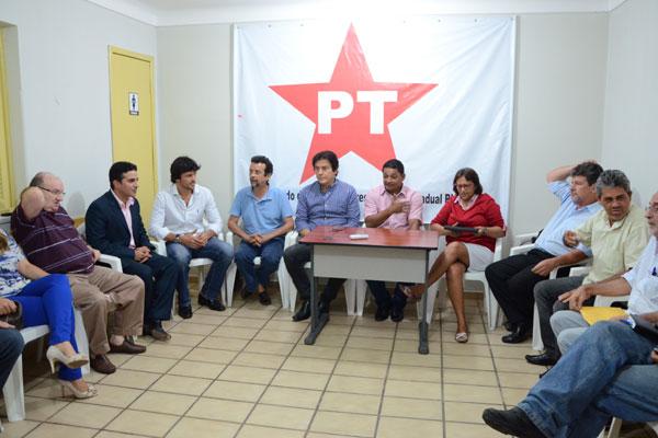 Encontro na sede do Partido dos Trabalhadores retomou as conversas sobre aliança no RN
