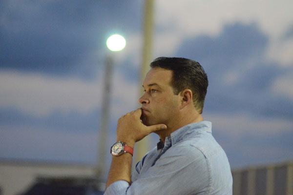 Roberto Fernandes sabe que precisa vencer o América hoje