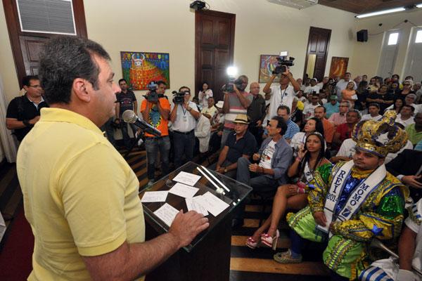 Prefeito Carlos Eduardo fala em crescimento da festa