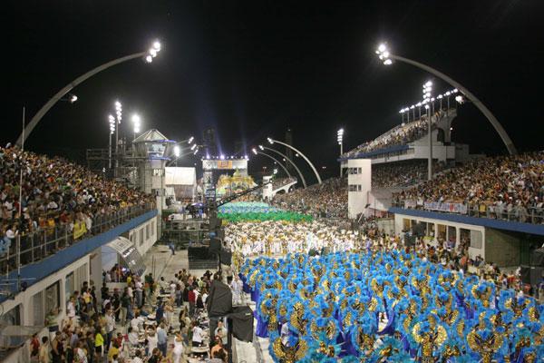 Sambódromo deu nova dimensão às escolas de samba do Rio