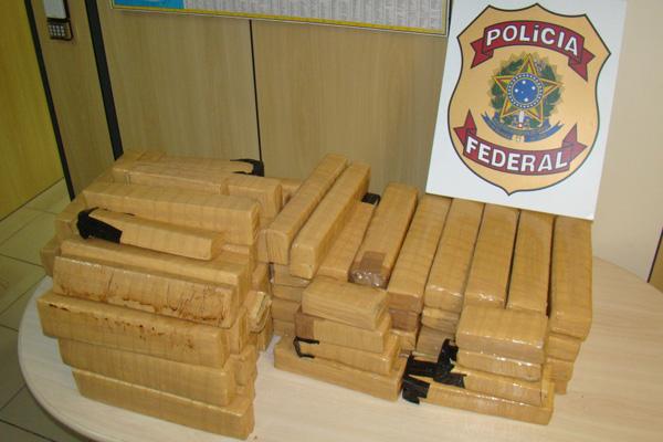 Droga foi encontrada em porta-malas de carro em hotel de Ponta Negra
