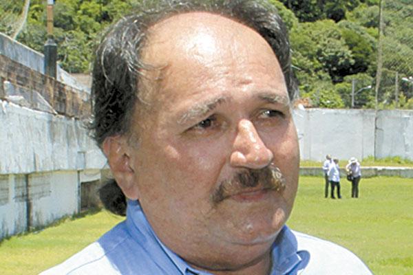 José Vanildo afirmou que vai punir clubes por atrasos