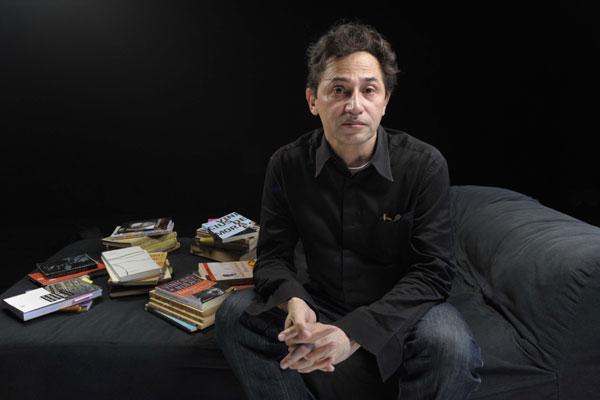 Eucanaã Ferraz: Hoje não vejo muito sentido nesses movimentos poéticos, não vivemos mais no tempo onde um grupo ou uma ideia possa se definir como a saída para a literatura ou para a arte. O tempo é outro.