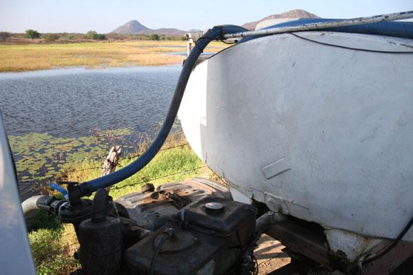 Com reservatórios praticamente secos, governo do Estado manterá situação de emergência para garantir abastecimento de água