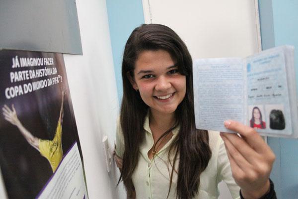 Rafaela Medeiros, estudante: Com inglês afiado, espera conquistar vaga