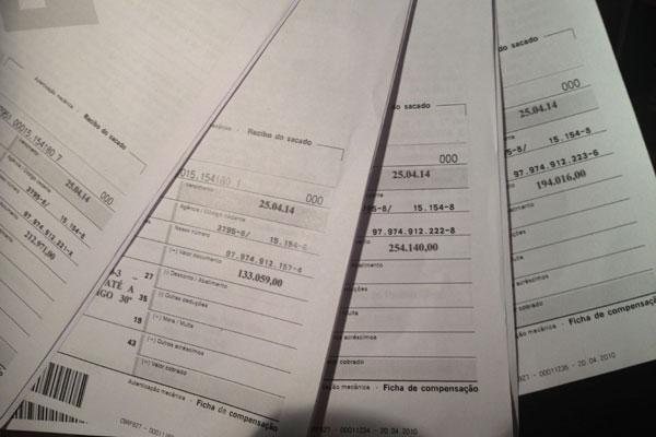 Boletos mostram quanto será cobrado a mais de 50 postos e já foram enviados pelos Correios