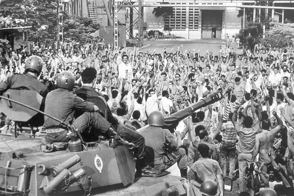 Ao longo de 1963, foram realizadas 172 greves de trabalhadores, alimentando a turbulência contra Jango