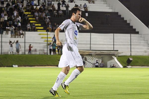Rogério Marinho confirmou que o volante Daniel Paulista está deixando o ABC