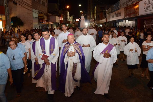 Procissão de Nossa Senhora da Soledade aconteceu nesta sexta-feira