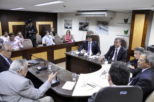 Comissão de Justiça da Assembleia aprovou admissibilidade de PEC que inclui delegados em carreira jurídica de estado