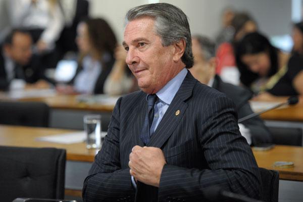 Fernando Collor de Melo atualmente exerce mandato de senador e evita contato com a mídia