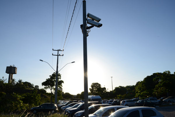 Mesmo com instalações de câmeras de monitoramento, é crescente o número de assaltos dentro do campus central da UFRN
