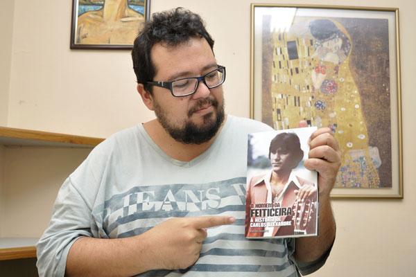 Sem pieguice, Rafael Duarte esmiúça a emocionante trajetória do artista
