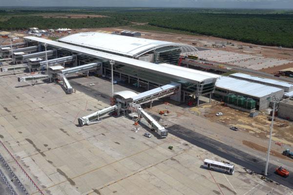 Previsão é que aeroporto iniciasse as operações em 22 de maio