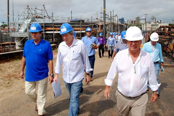 Secretário Júlio Eduardo visitou ontem obras no entorno da Arena