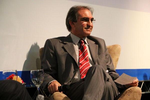 Marcelo Fernandes de Queiroz foi mantido na presidência da entidade: votação unânime