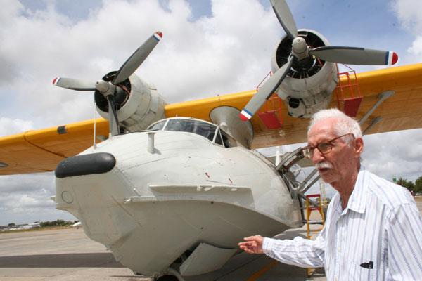 Pery Lamartine foi piloto e instrutor de voo, conhecido pelo pioneirismo em viagens