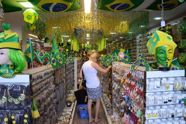 Durante a Copa do Mundo, comércio vai funcionar em horário diferente