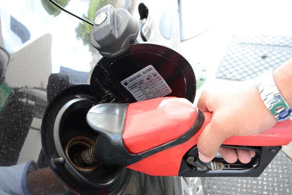 A gasolina mais barata será vendida a partir das 8h20, amanhã