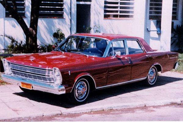 Galaxie 500: lançado no Brasil em 1966 e vendido a partir de 1967. Primeiros compradores em Natal: Miguel Carrilho e José Nilson de Sá