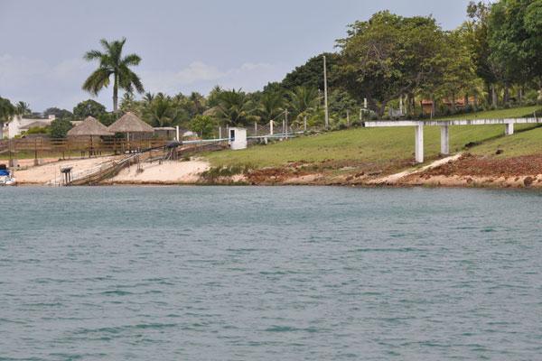 Nova previsão é de chuvas para o litoral, o que ajuda a repor mananciais como a Lagoa do Bonfim