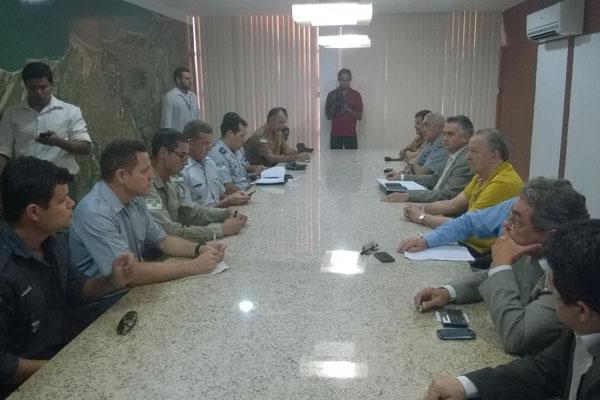 PMs e bombeiros RN suspendem paralisação após proposta do Governo