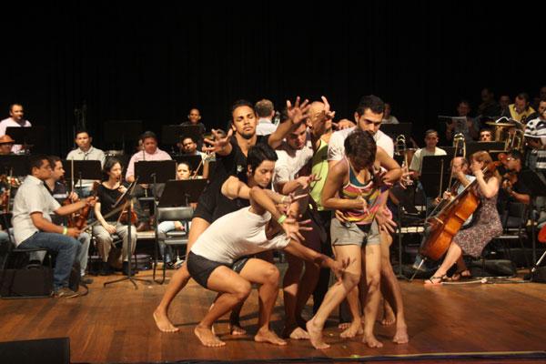 O espetáculo vai ao palco do Teatro Riachuelo hoje, às 21h