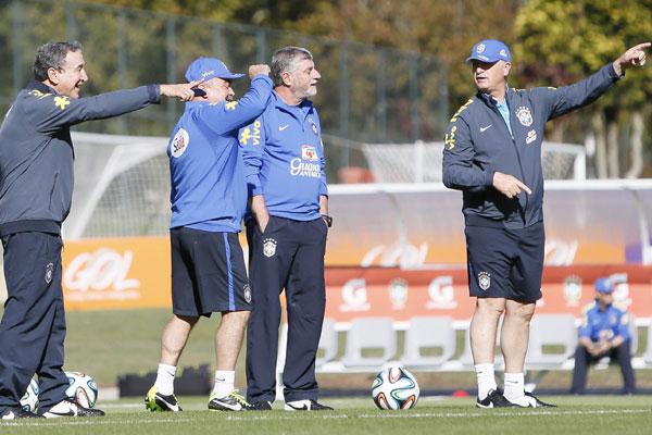 Comissão técnica da Seleção Brasileira chegou a ficar preocupada, mas segundo o médico Luiz Runco Bernard já se recuperou