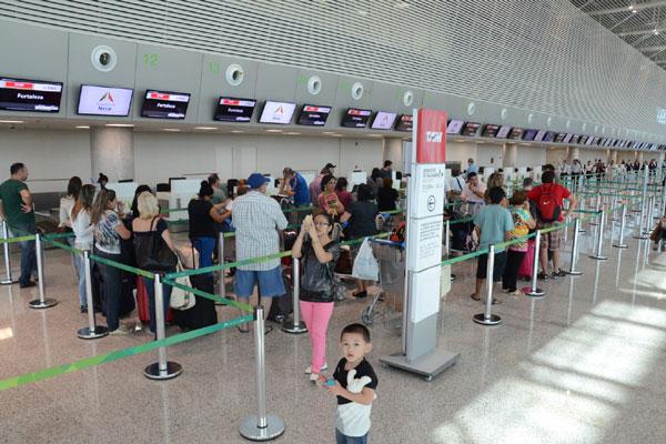 Para o primeiro dia de operações no aeroporto estavam previstos 20 pousos e 17 decolagens, todas para outros estados do País