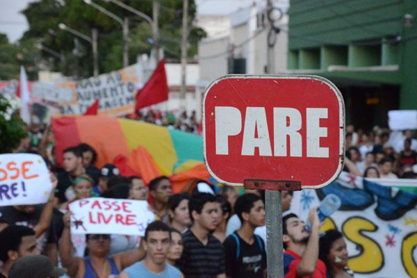 Grupos já convocam na internet manifestações para o período da Copa em Natal. Segurança será reforçada durante o mundial