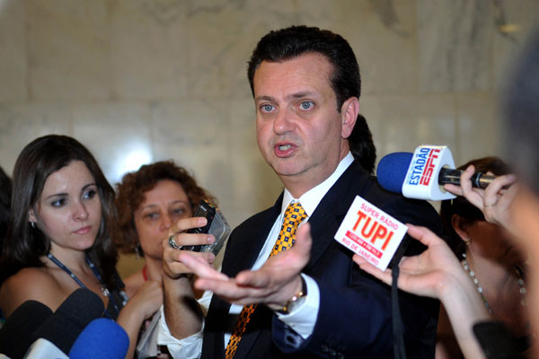 Gilberto Kassab deixou de cumprir o pagamento de precatórios alimentares no valor de R$ 240 milhões