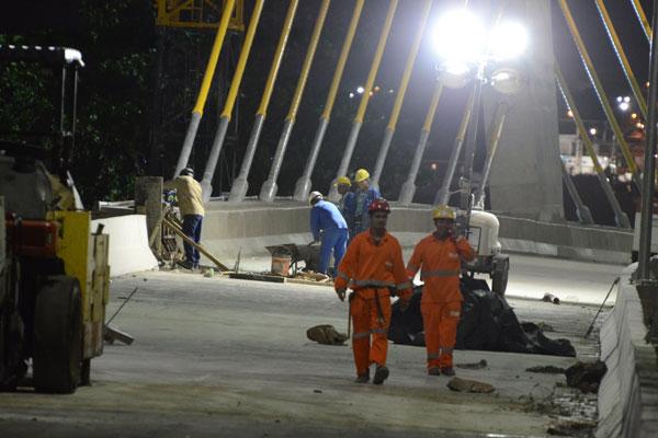 Turno noturno foi aberto em 1º de janeiro para cumprimentos dos prazos de entrega das obras