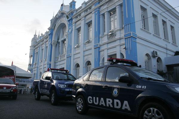 Justiça determinou desocupação do entorno da Prefeitura