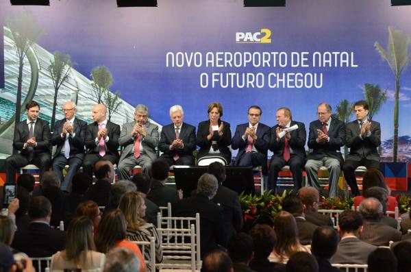 Políticos e autoridades prestigiaram inauguração do aeroporto Governador Aluízio Alves