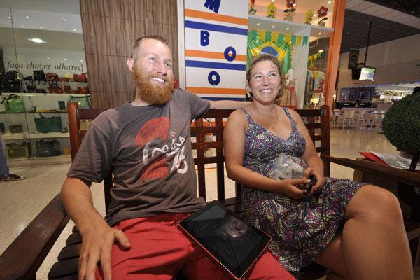 O casal já passou pelo Rio de Janeiro, São Paulo e vieram para Natal assistir ao primeiro jogo da seleção norte-americana
