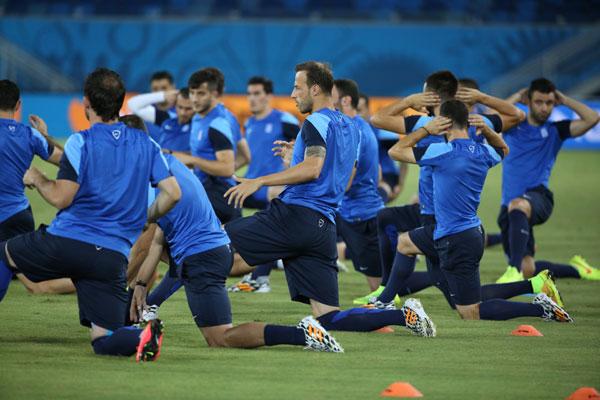 A seleção da Grécia foi a última a treinar ontem na Arena das Dunas e na entrevista coletiva o clima era de otimismo no grupo